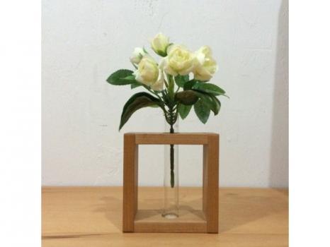 Одна мини вазочки на подставке