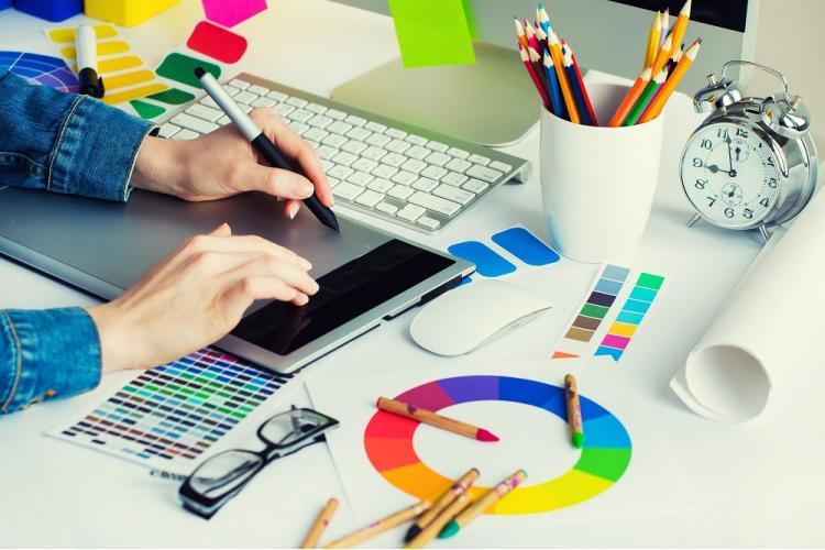 Как художнику создать и вести успешный онлайн профиль