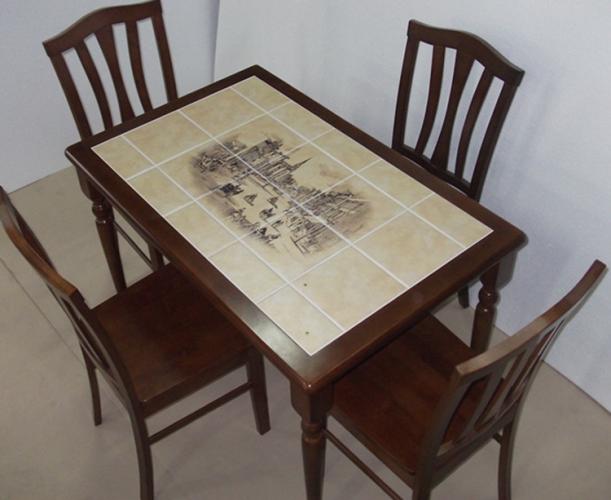 Красивый декупаж стола